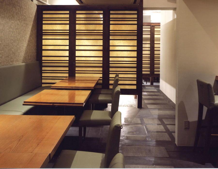 施工事例 某創作和食店 テーブル席画像